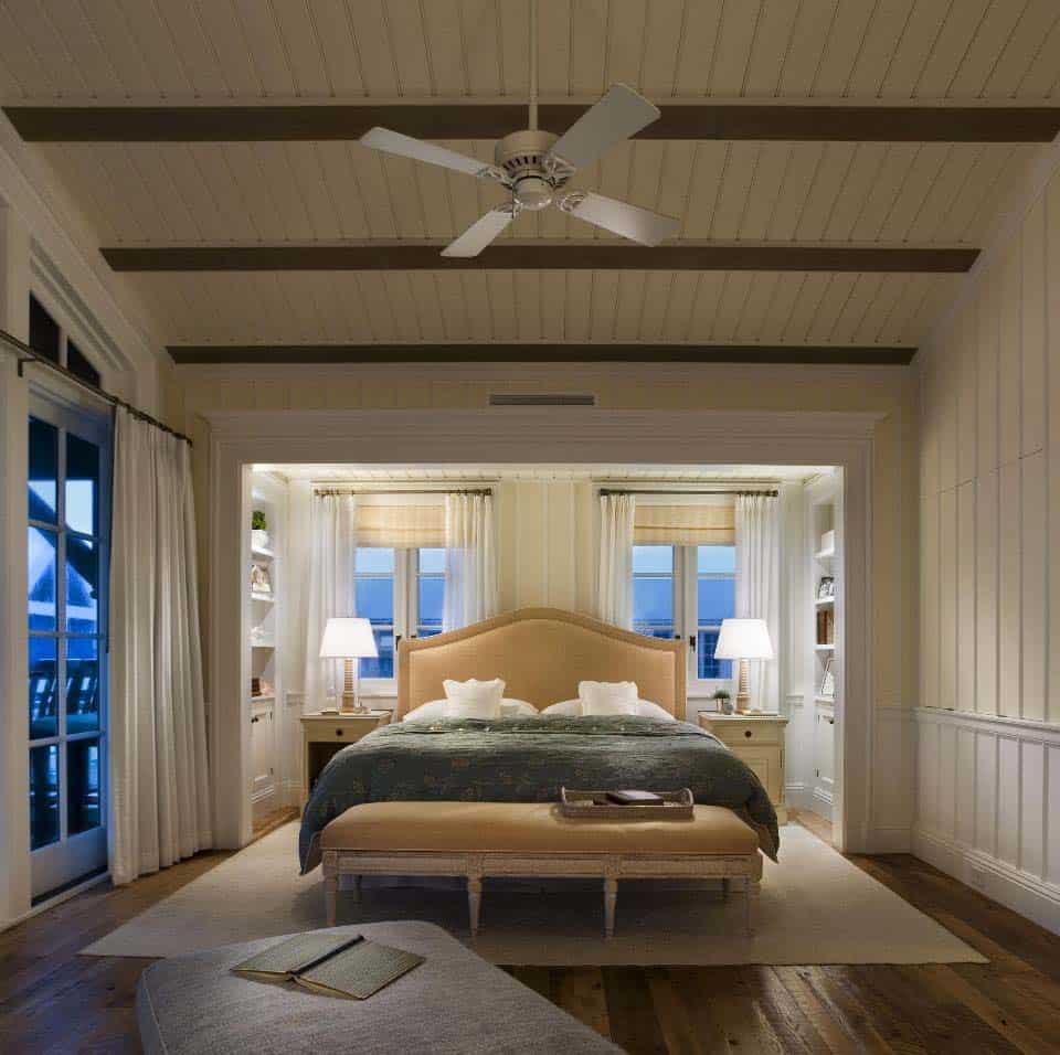 Charming Seaside House-Robert AM Stern Architects-25-1 Kindesign