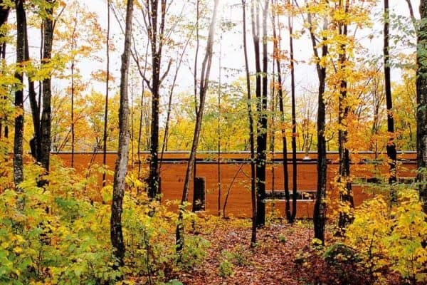 featured posts image for Contemporary forest house in the Laurentian Mountains, Quebec