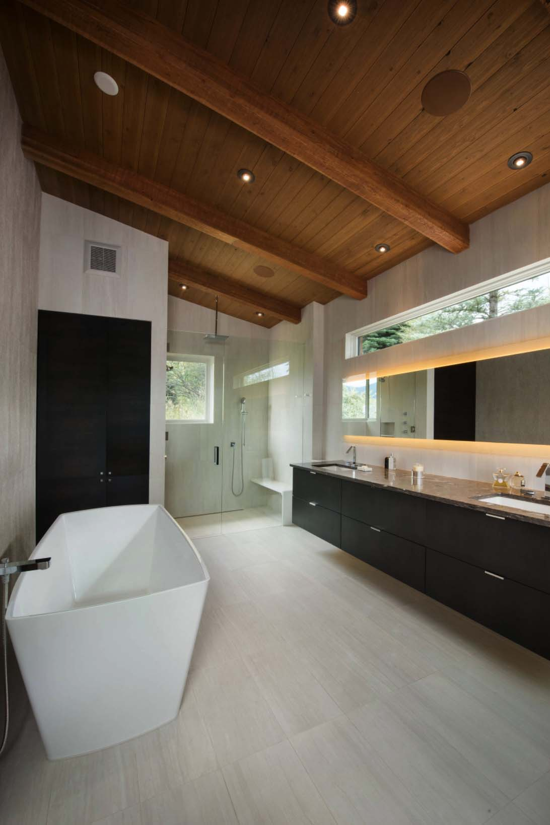 Contemporary Mountain Home Renovation-Berglund Architects-12-1 Kindesign
