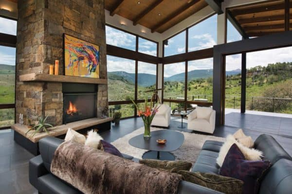 featured posts image for Elegant mountain contemporary home in Colorado radiates with warmth