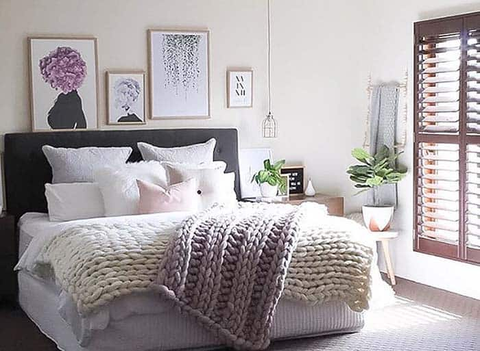 Cozy Bedroom Decorating Ideas For Winter-10-1 Kindesign