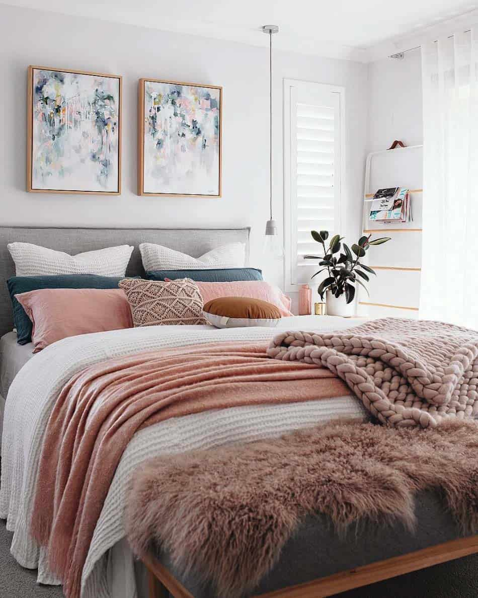 Cozy Bedroom Decorating Ideas For Winter-11-1 Kindesign