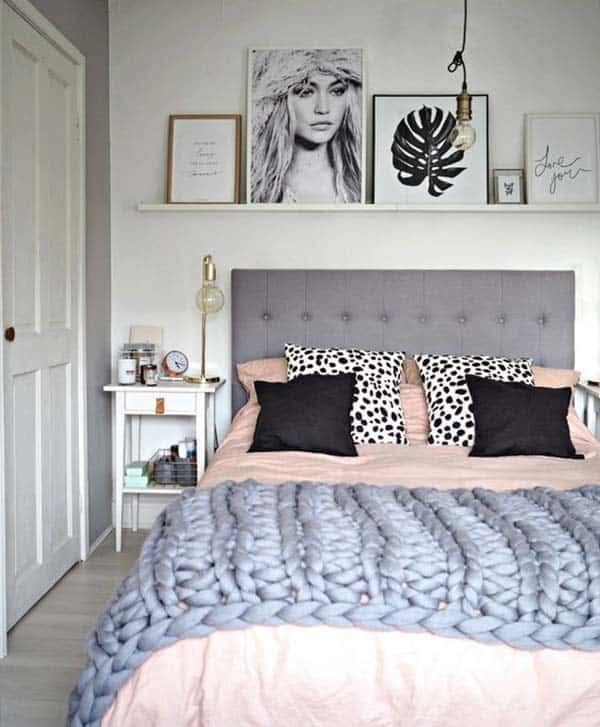 Cozy Bedroom Decorating Ideas For Winter-12-1 Kindesign