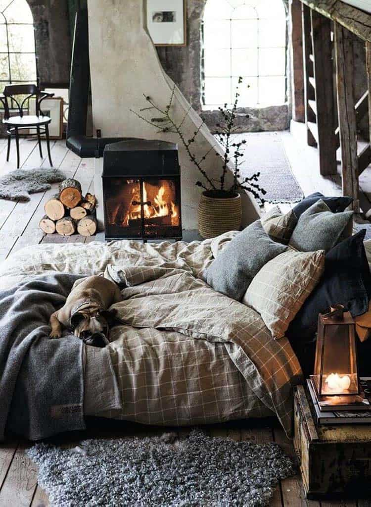 Cozy Bedroom Decorating Ideas For Winter-20-1 Kindesign