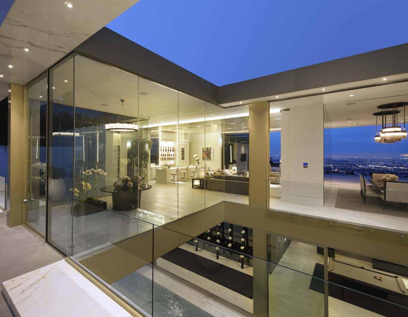 Luxury Modern Mansion-McClean Design-38-1 Kindesign