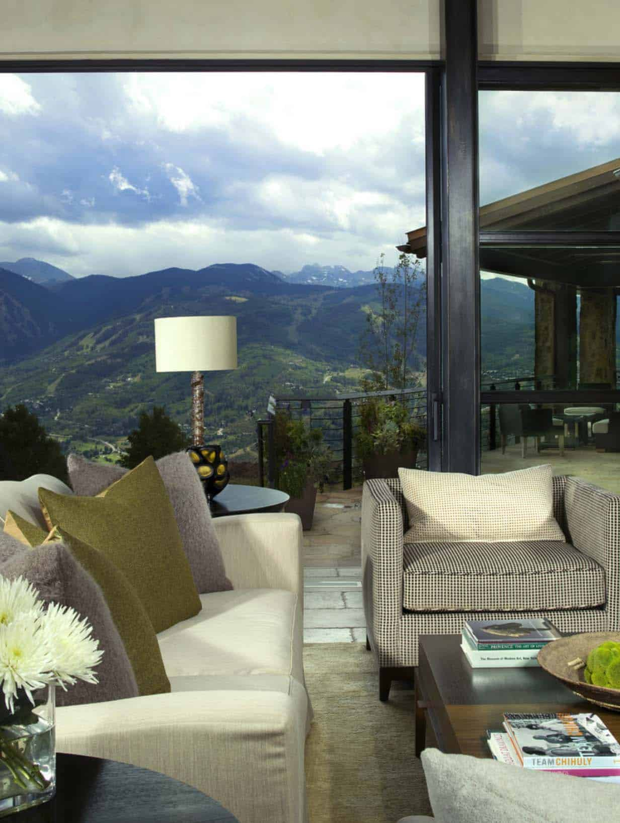 Luxury Modern Mountain Retreat-Slifer Designs-09-1 Kindesign