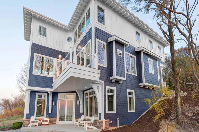 Refined Beachfront Retreat-Mike Schaap Builders-20-1 Kindesign