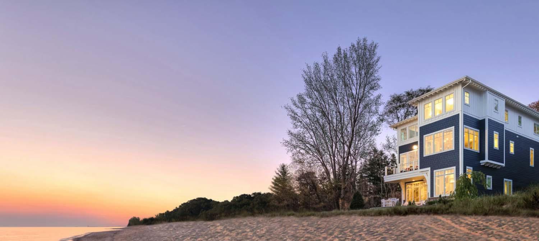 Refined Beachfront Retreat-Mike Schaap Builders-23-1 Kindesign