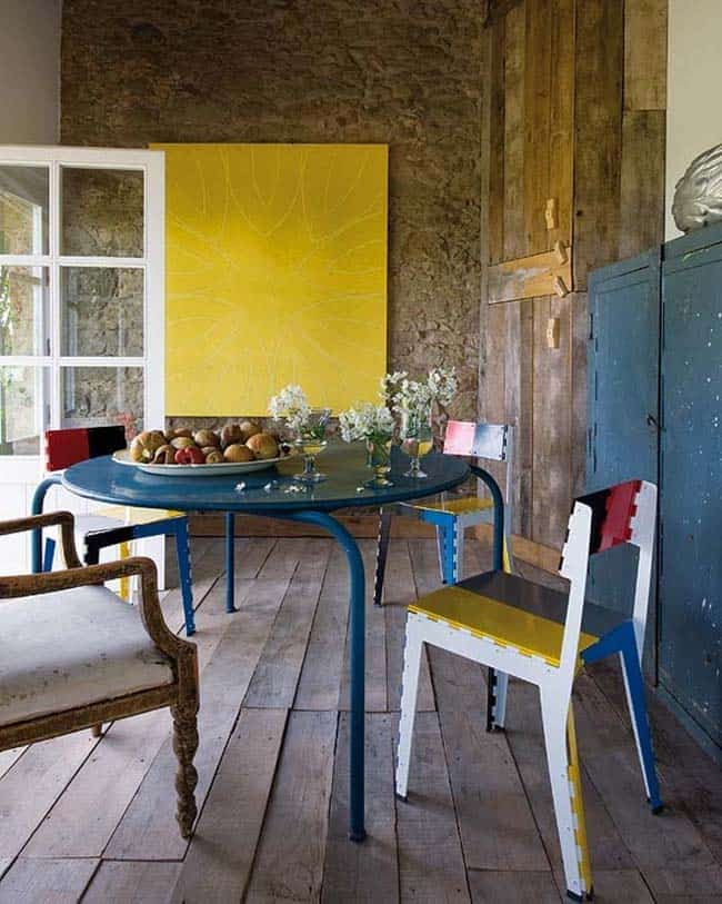 Restored Mediterranean Farmhouse-05-1 Kindesign