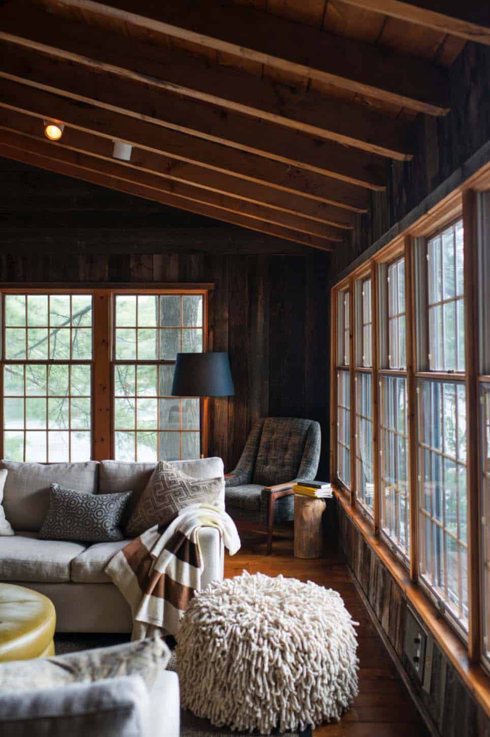 House Drawing Room Designs: Quaint Cottage On Lake Muskoka Offers Contemporary Rustic