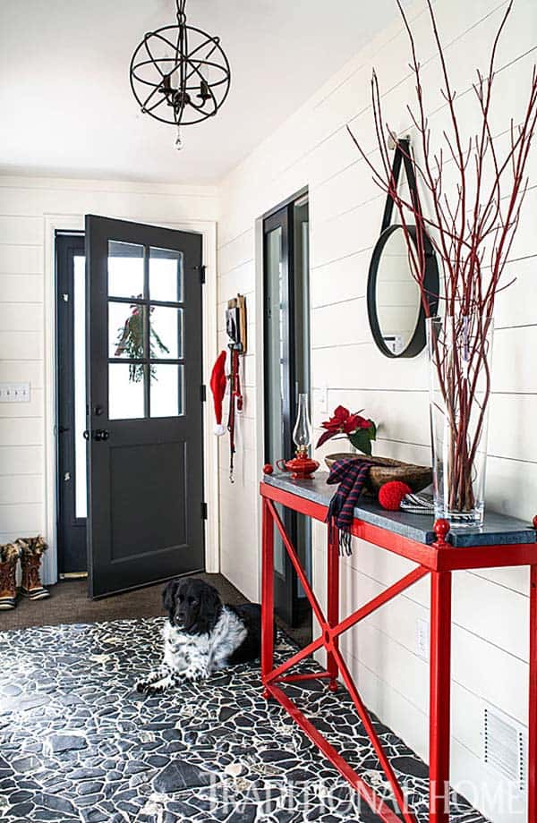 Christmas Decorated Stone Cottage-06-1 Kindesign