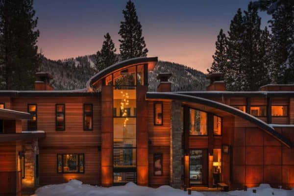 featured posts image for Contemporary mountain retreat offers warm living spaces in Martis Camp