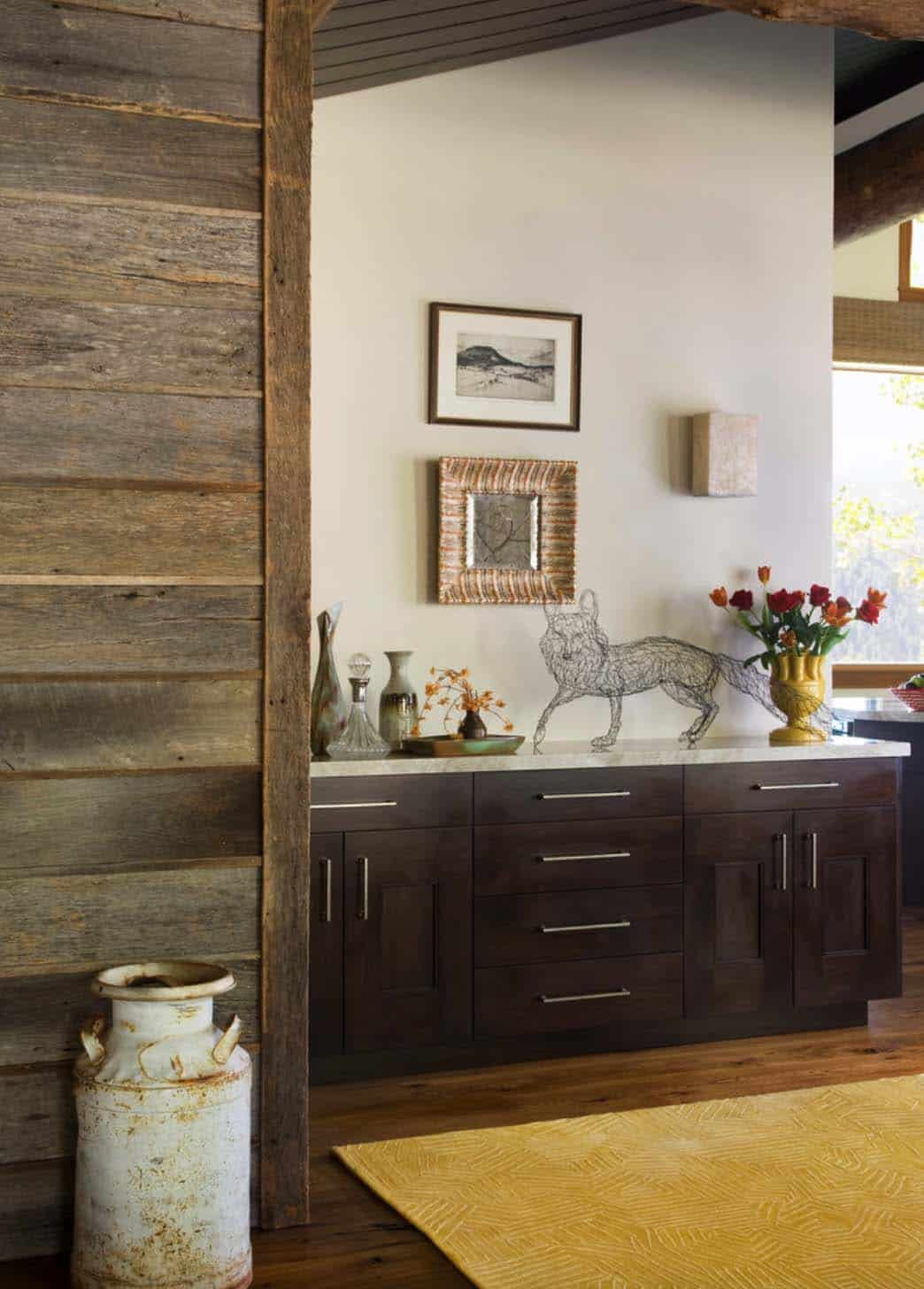 Family Friendly Rustic Mountain Retreat-07-1 Kindesign