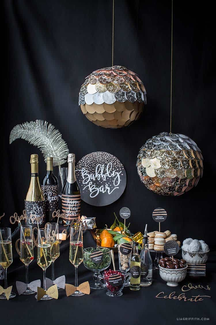 New Years Time Capsule Printable Questionnaire For Kids: 26 Festive And Glamorous Party Table Settings For New Year