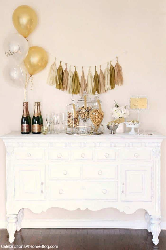 Glamorous Party Table Settings For New Years Eve-17-1 Kindesign