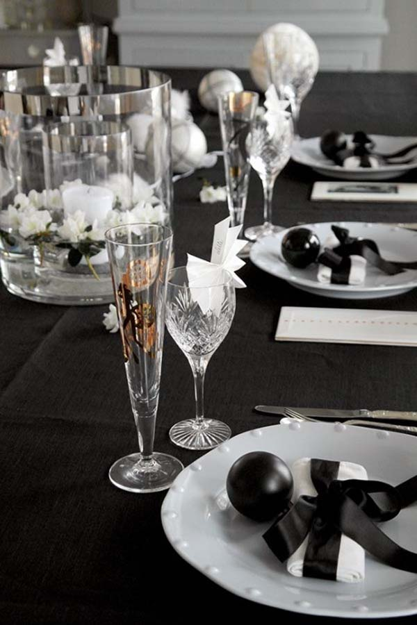 Glamorous Party Table Settings For New Years Eve-20-1 Kindesign & 26 Festive and glamorous party table settings for New Year\u0027s Eve