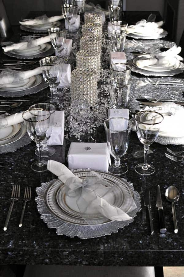 Glamorous Party Table Settings For New Years Eve-21-1 Kindesign