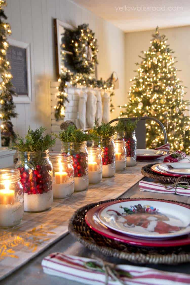 inspiring dining table christmas decor ideas 04 1 kindesign - Dining Room Christmas Decorations