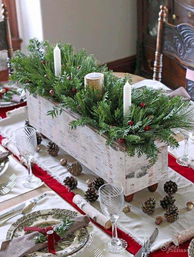 Inspiring Dining Table Christmas Decor Ideas-09-1 Kindesign