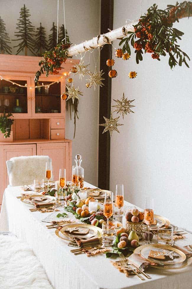 Inspiring Dining Table Christmas Decor Ideas-26-1 Kindesign
