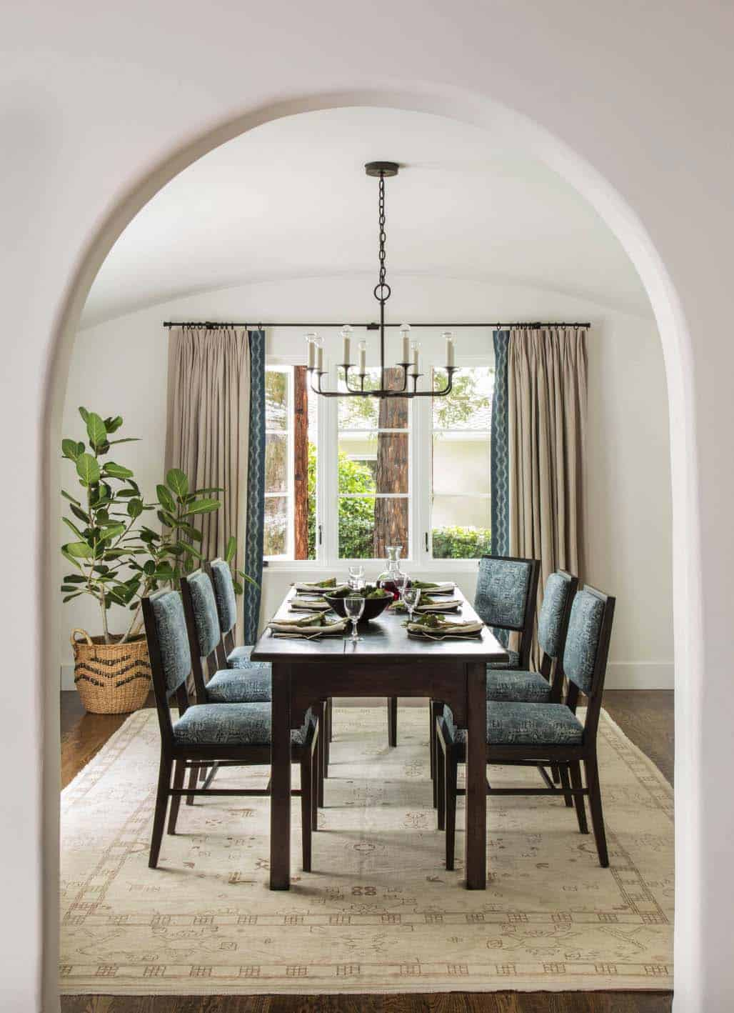 Mediterranean Style Home-Jute Interior Design-08-1 Kindesign