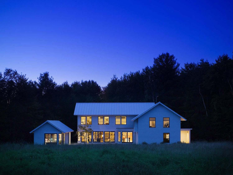 Modern Farm House-TruexCullins Architecture-02-1 Kindesign