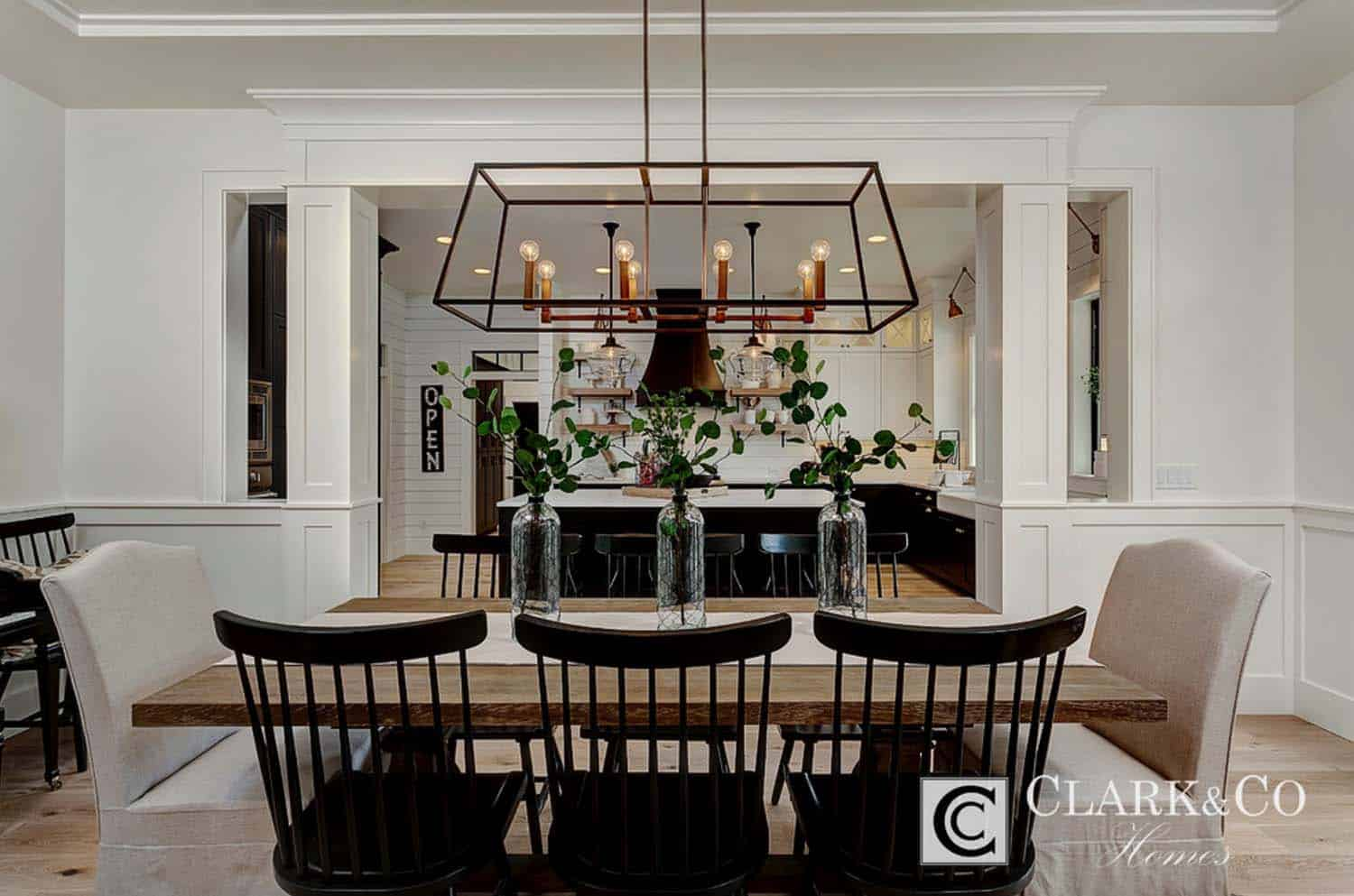 Modern Farmhouse Style-Clark and Co Homes-33-1 Kindesign