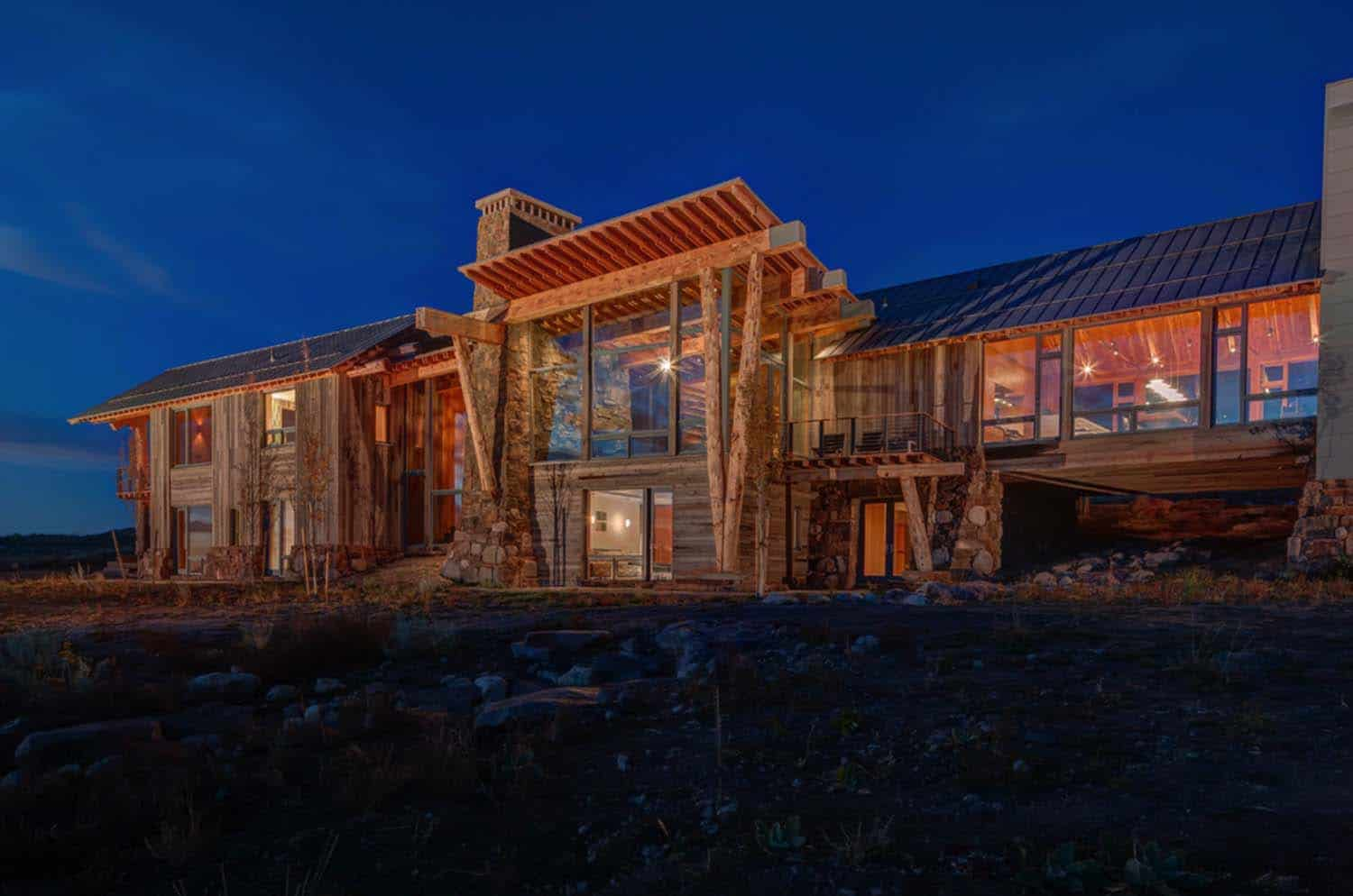Modern Rustic Log Home-Shubin Donaldson Architects-31-1 Kindesign