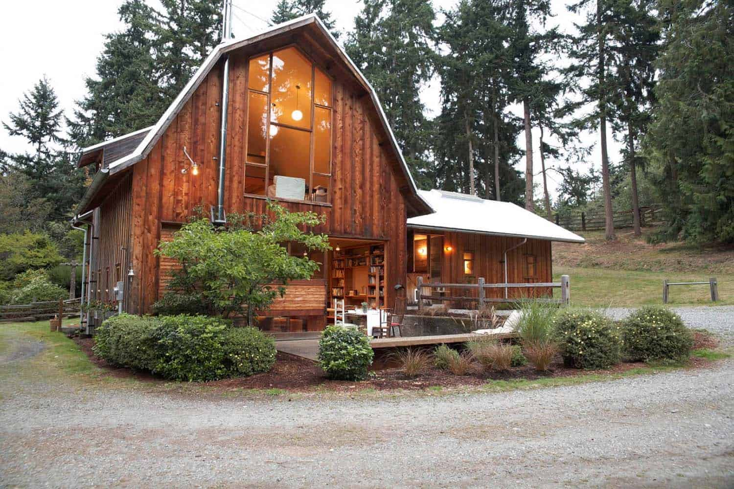 Old Barn On Whidbey Island Converted Into Stunning Home