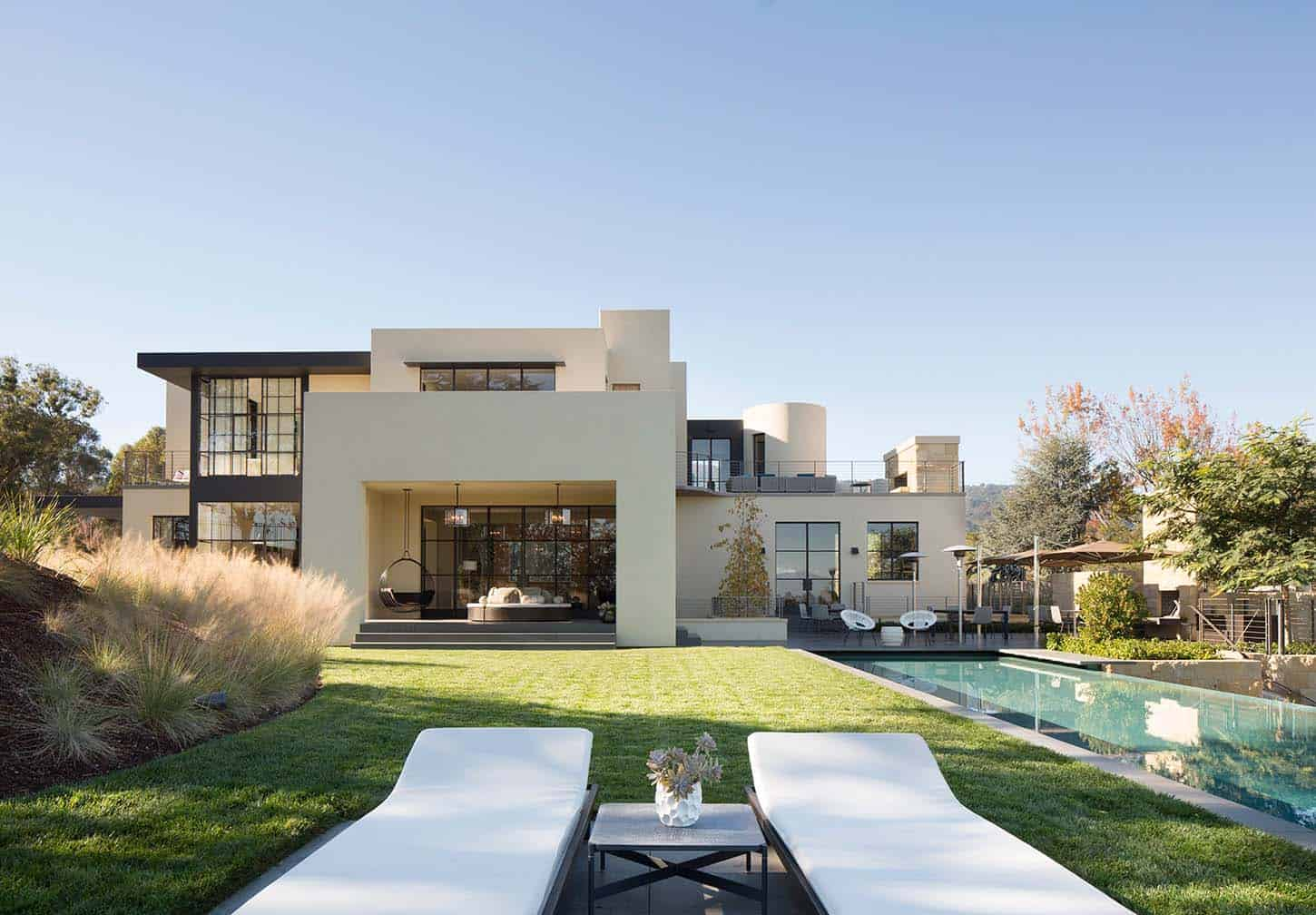 Contemporary Family Compound-Ken Linsteadt Architects-02-1 Kindesign