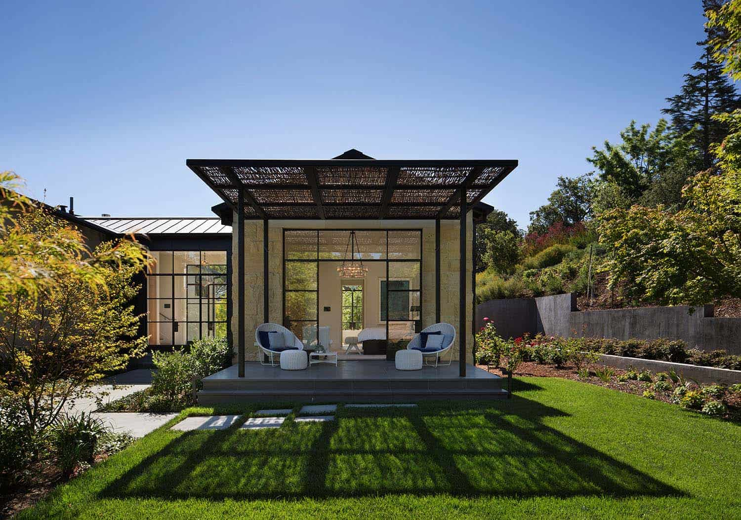 Contemporary Family Compound-Ken Linsteadt Architects-09-1 Kindesign
