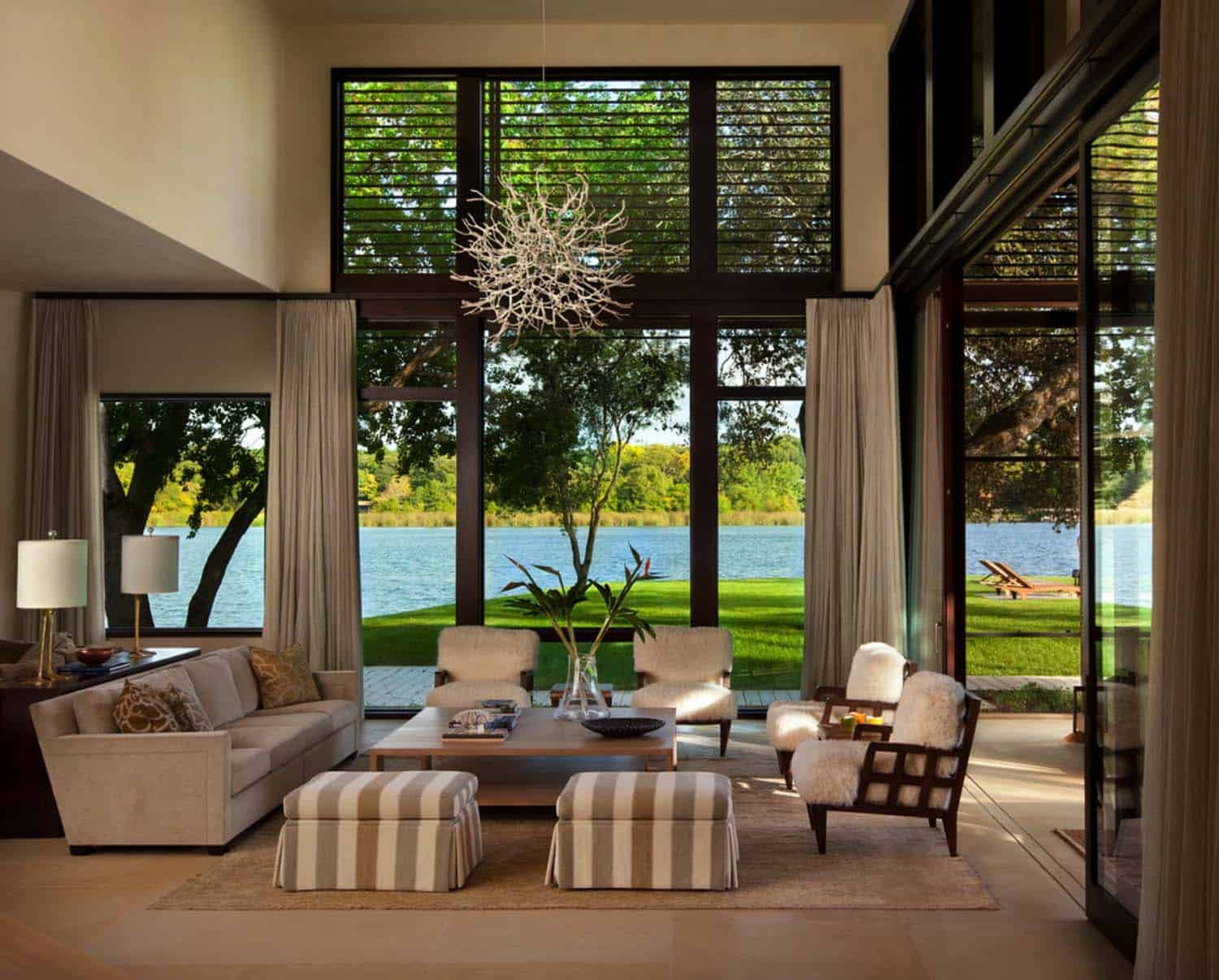 Contemporary Lake House Renovation-Furman Keil Architects-01-1 Kindesign