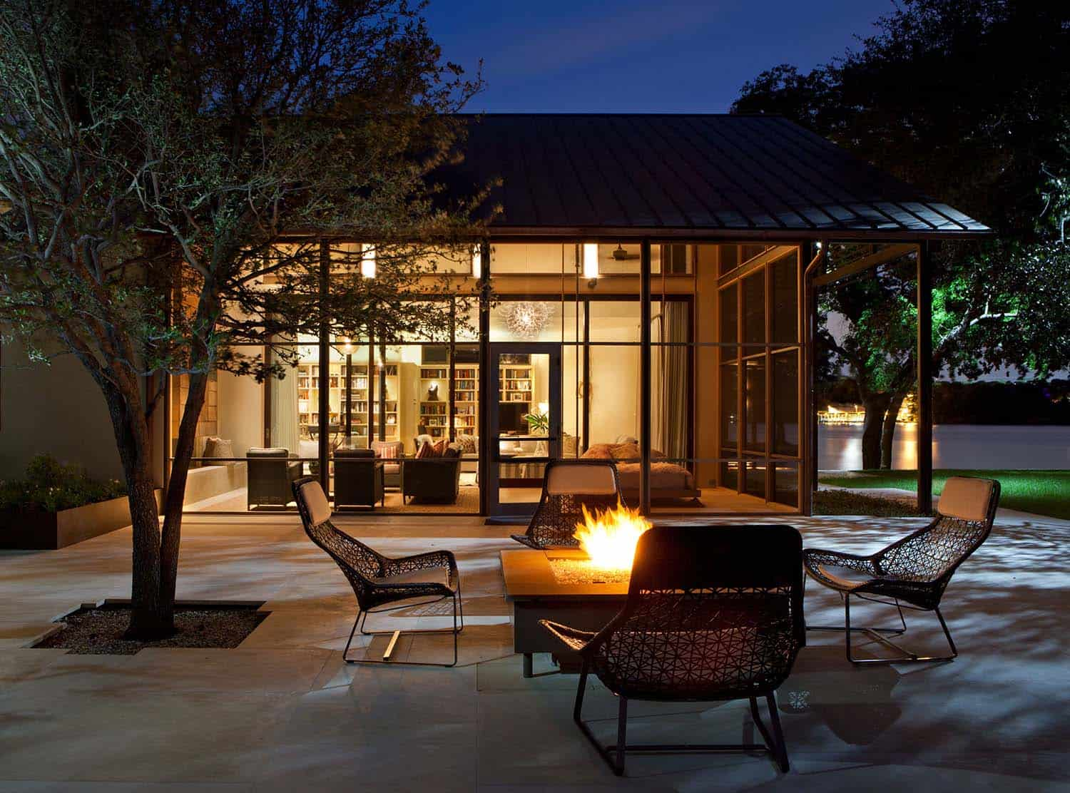 Contemporary Lake House Renovation-Furman Keil Architects-22-1 Kindesign