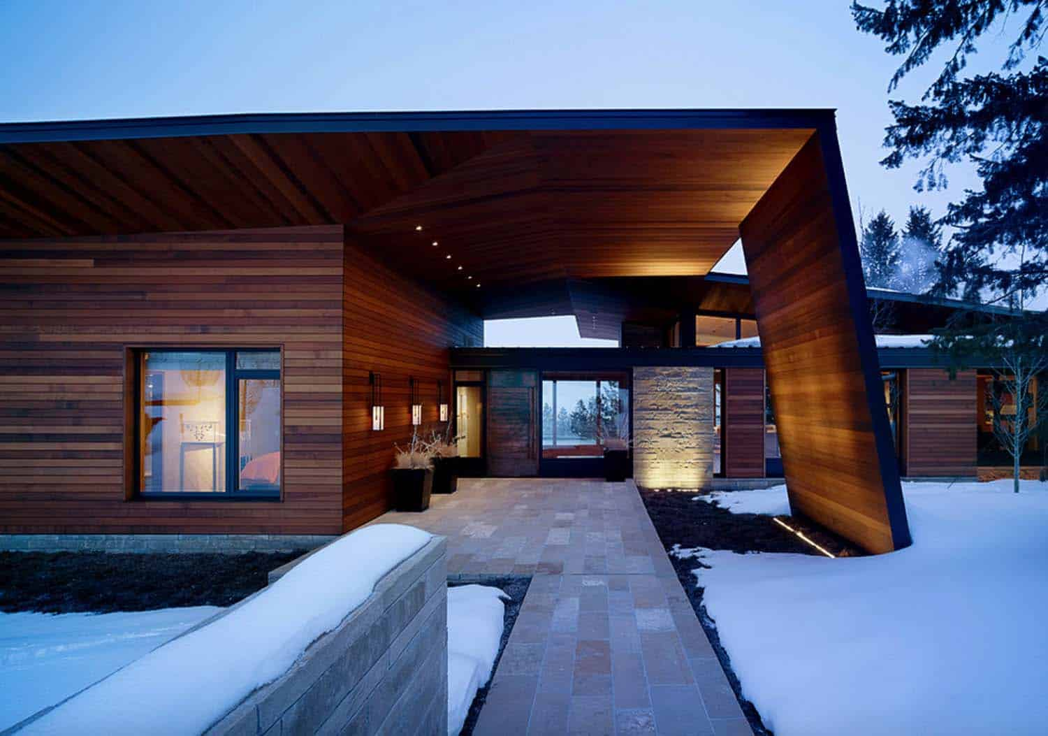 Contemporary Mountain Home-Carney Logan Burke Architects-01-1 Kindesign