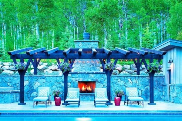 featured posts image for Contemporary mountain dwelling in Colorado surrounded by aspen groves