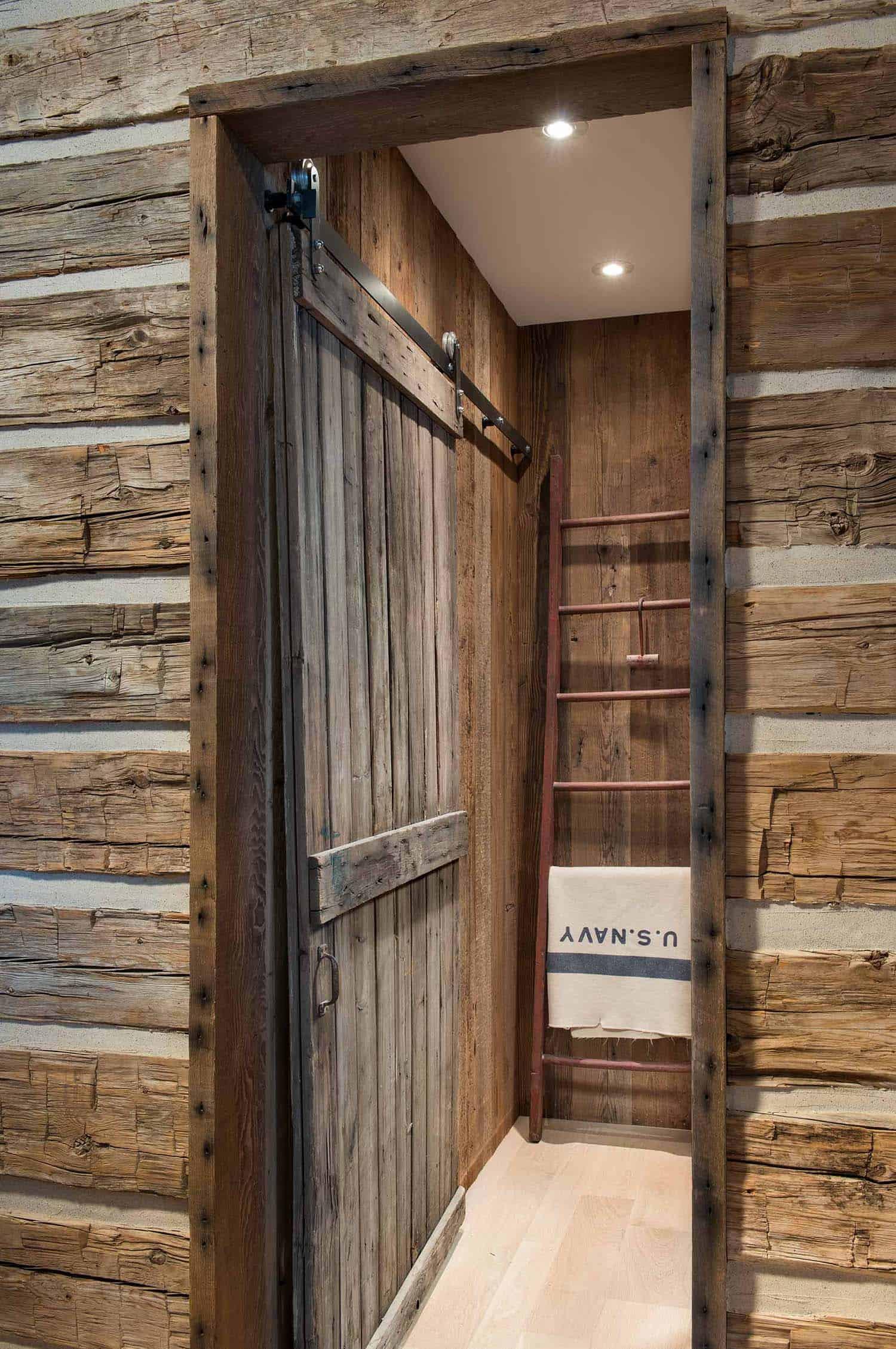 Farmhouse Style Residence-Locati Architects-17-1 Kindesign