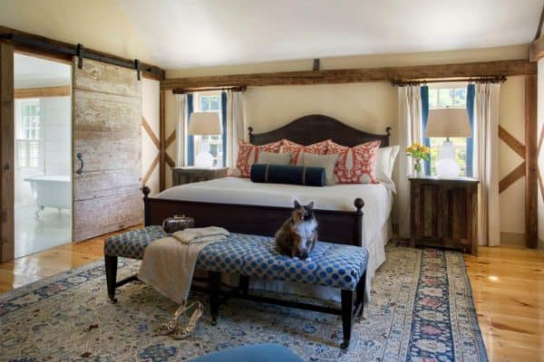 featured posts image for New England barn gets historically preserved to charming living quarters