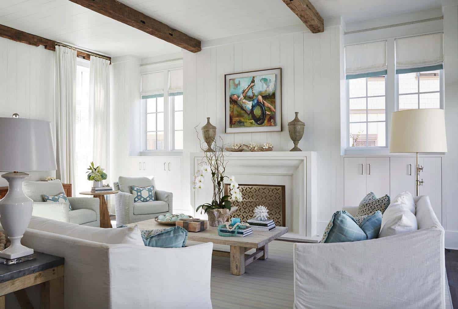 Inviting Beach House-TS Adams Studio-12-1 Kindesign