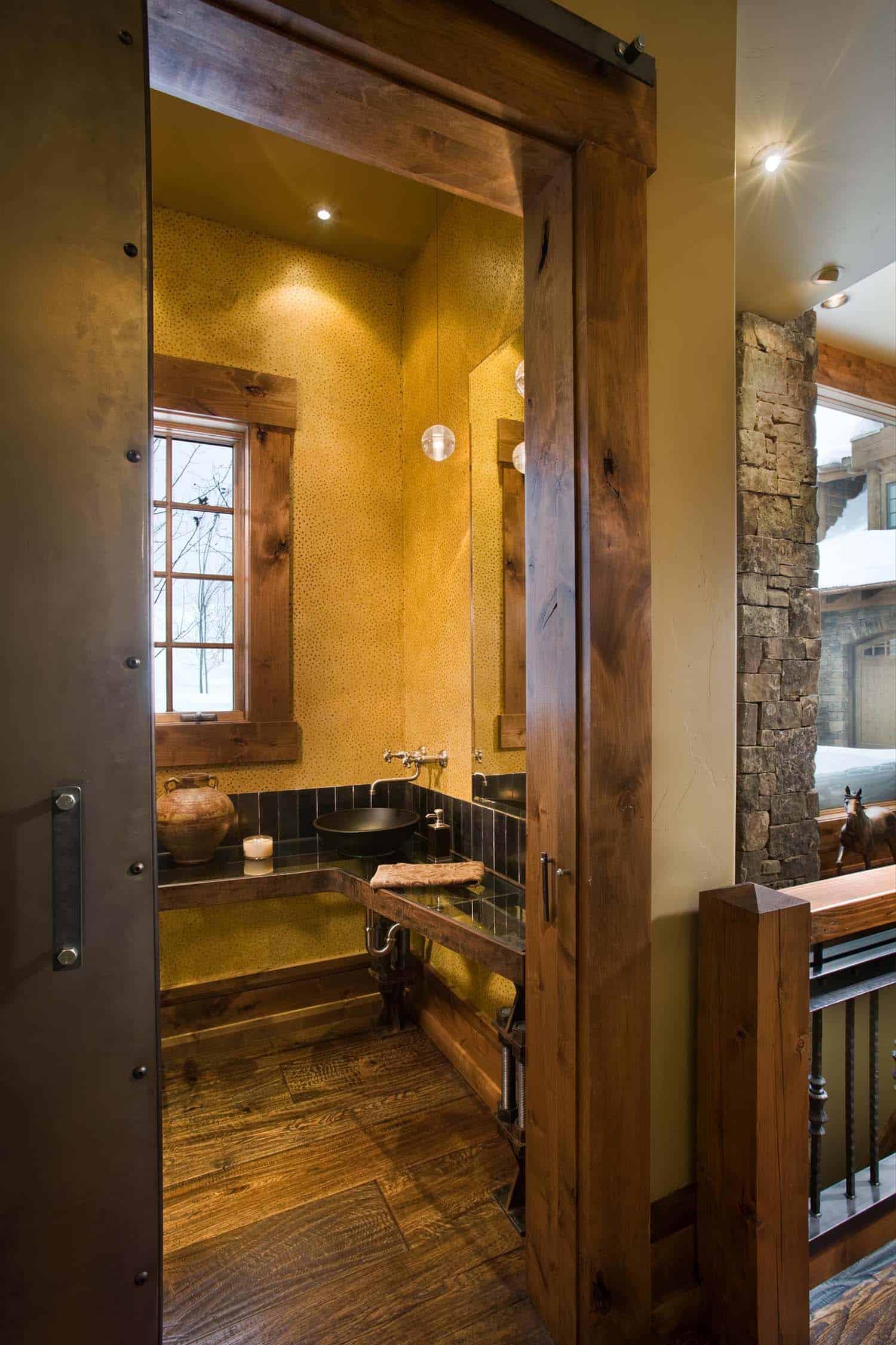 Modern-Rustic Mountain Home-Locati Architects-18-1 Kindesign