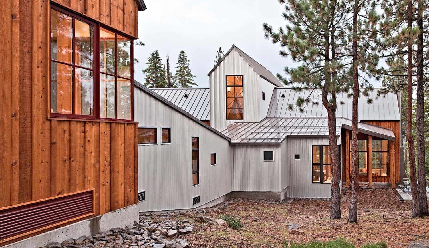 Gorgeous rustic modern home surrounded by woods in lake tahoe for Modern rustic home plans
