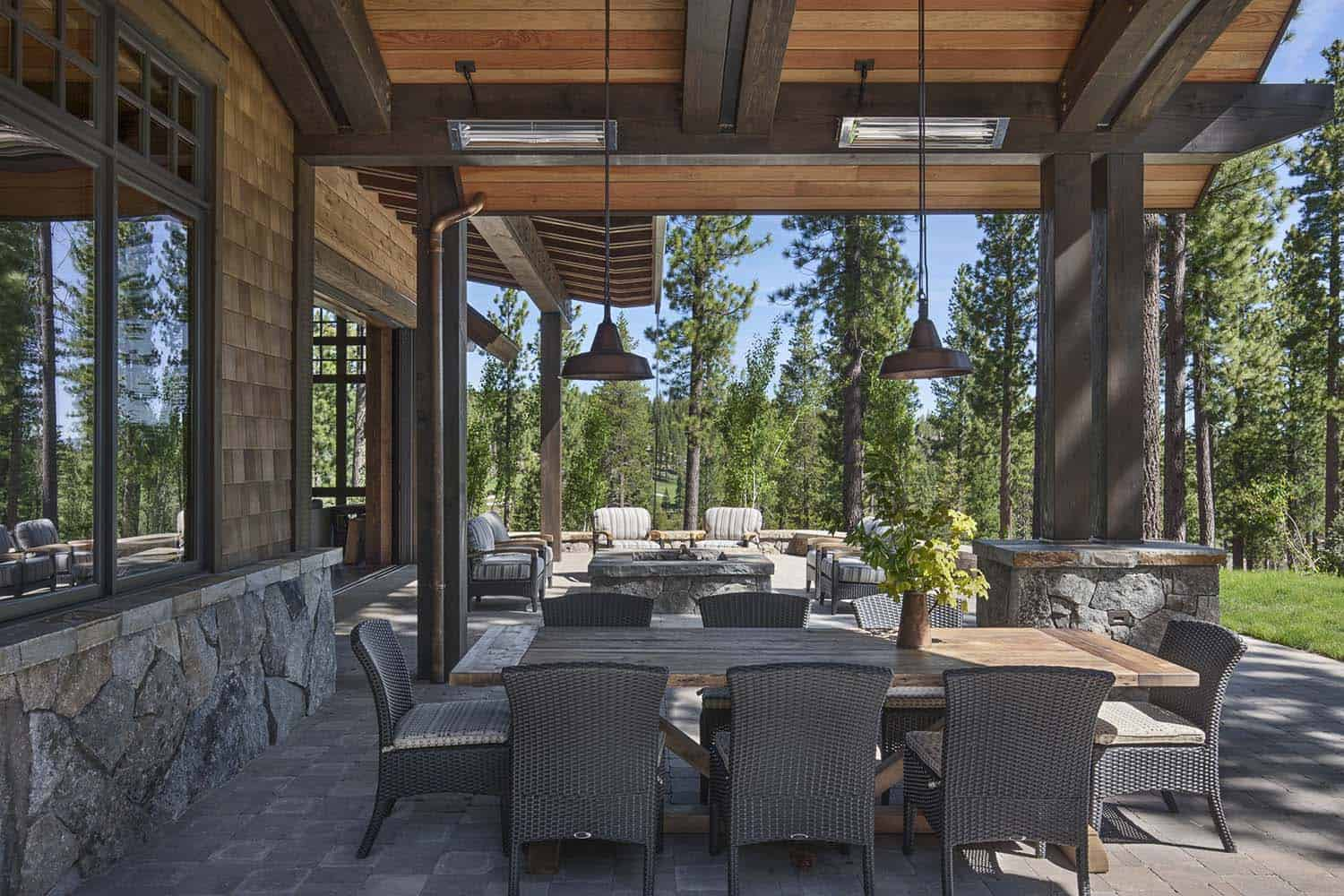 Rustic Mountain Retreat-Kelly Stone Architects-04-1 Kindesign