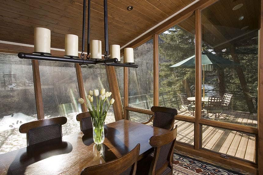 Rustic Riverfront Home-David Johnston Architects-09-1 Kindesign