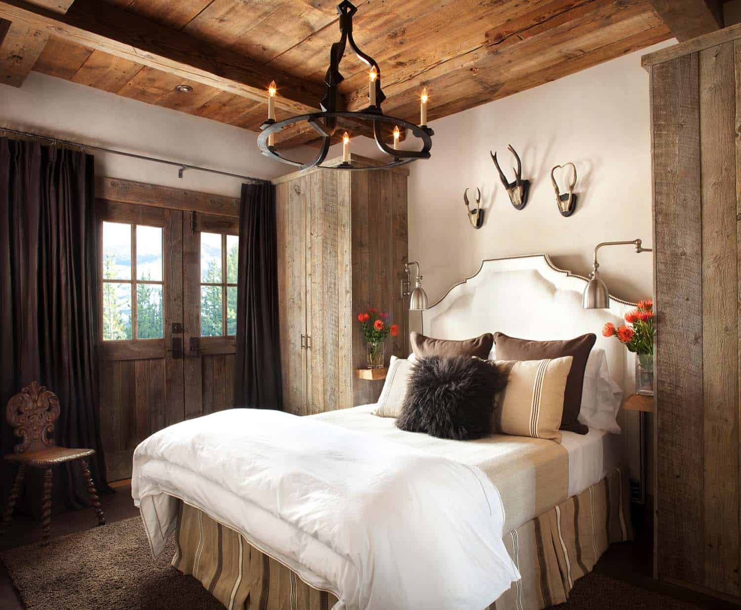 Amazing Cozy-Rustic Bedrooms-07-1 Kindesign