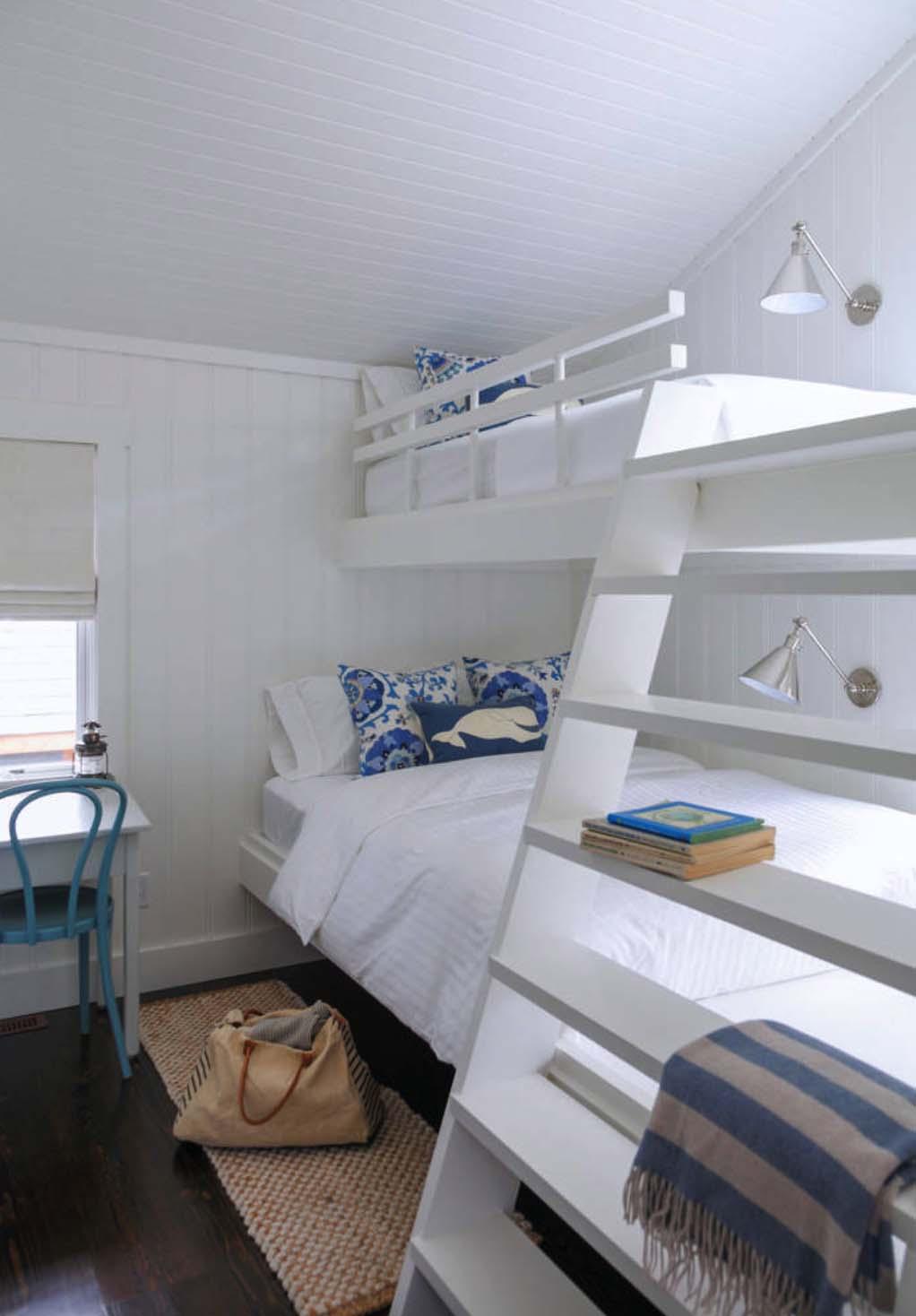 Beautiful Muskoka Beach Cottage-Nest Design Studio-13-1 Kindesign