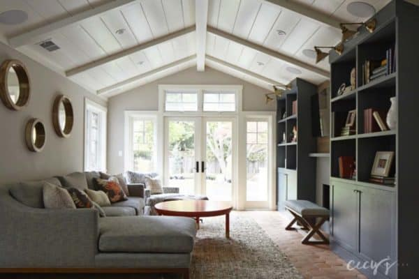 featured posts image for Casual elegance defines this bungalow style home in California