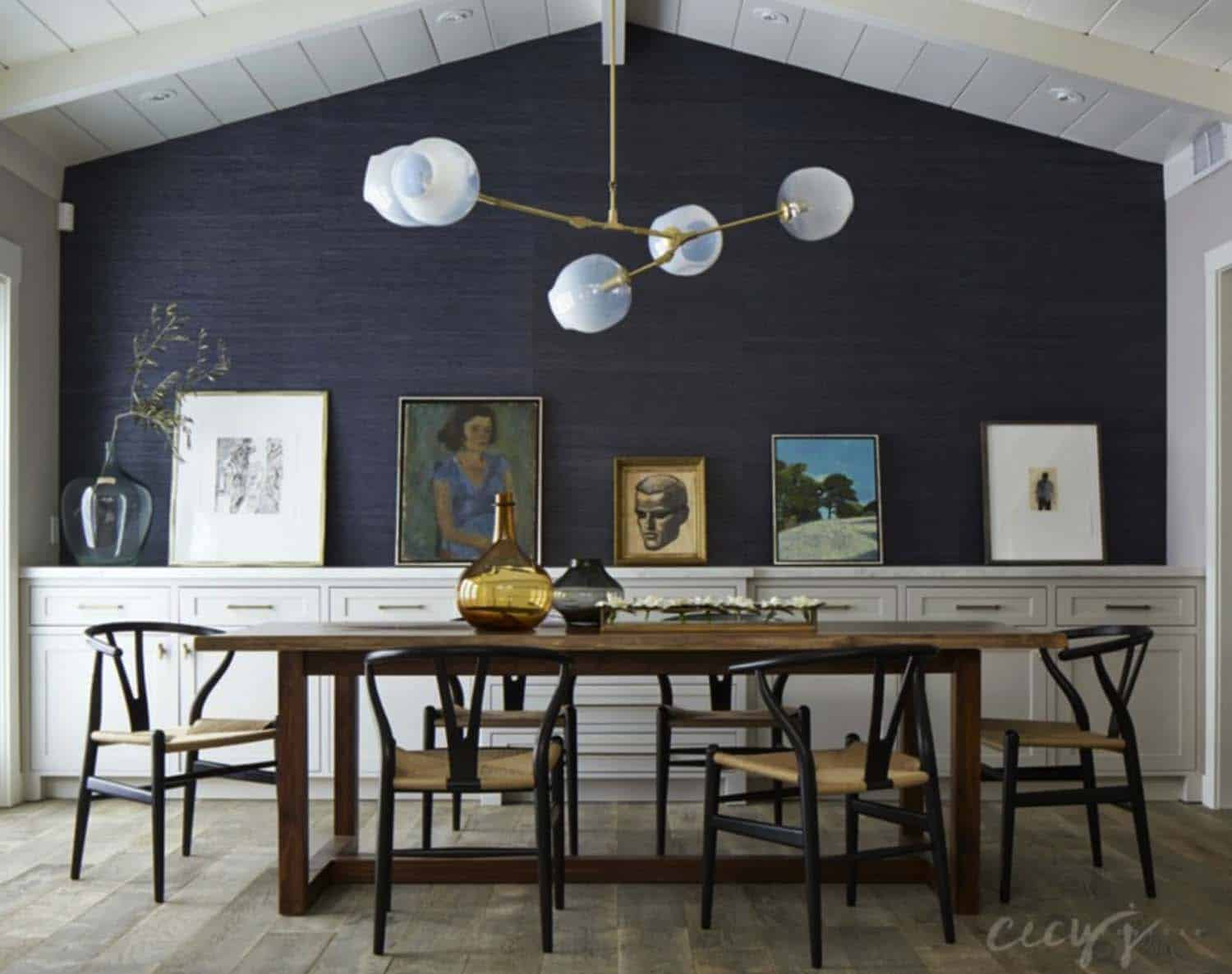 Casual elegance defines this bungalow style home in california for Dining hall wall design