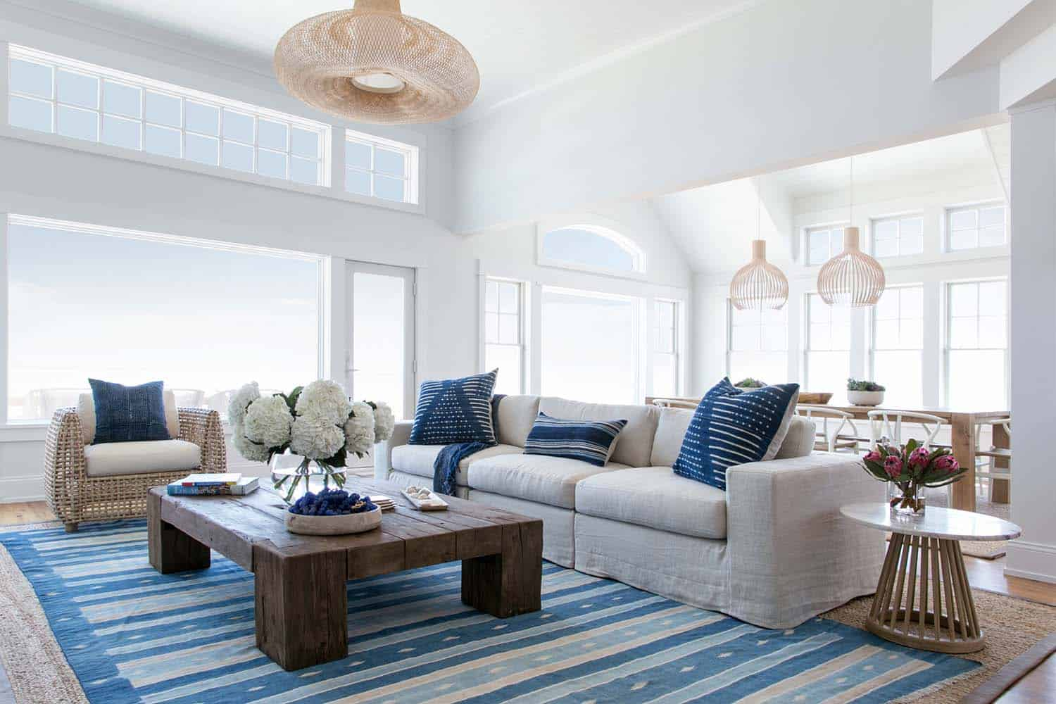 Luminous Coastal Chic Home Offers A Relaxed Vibe In Beach Haven