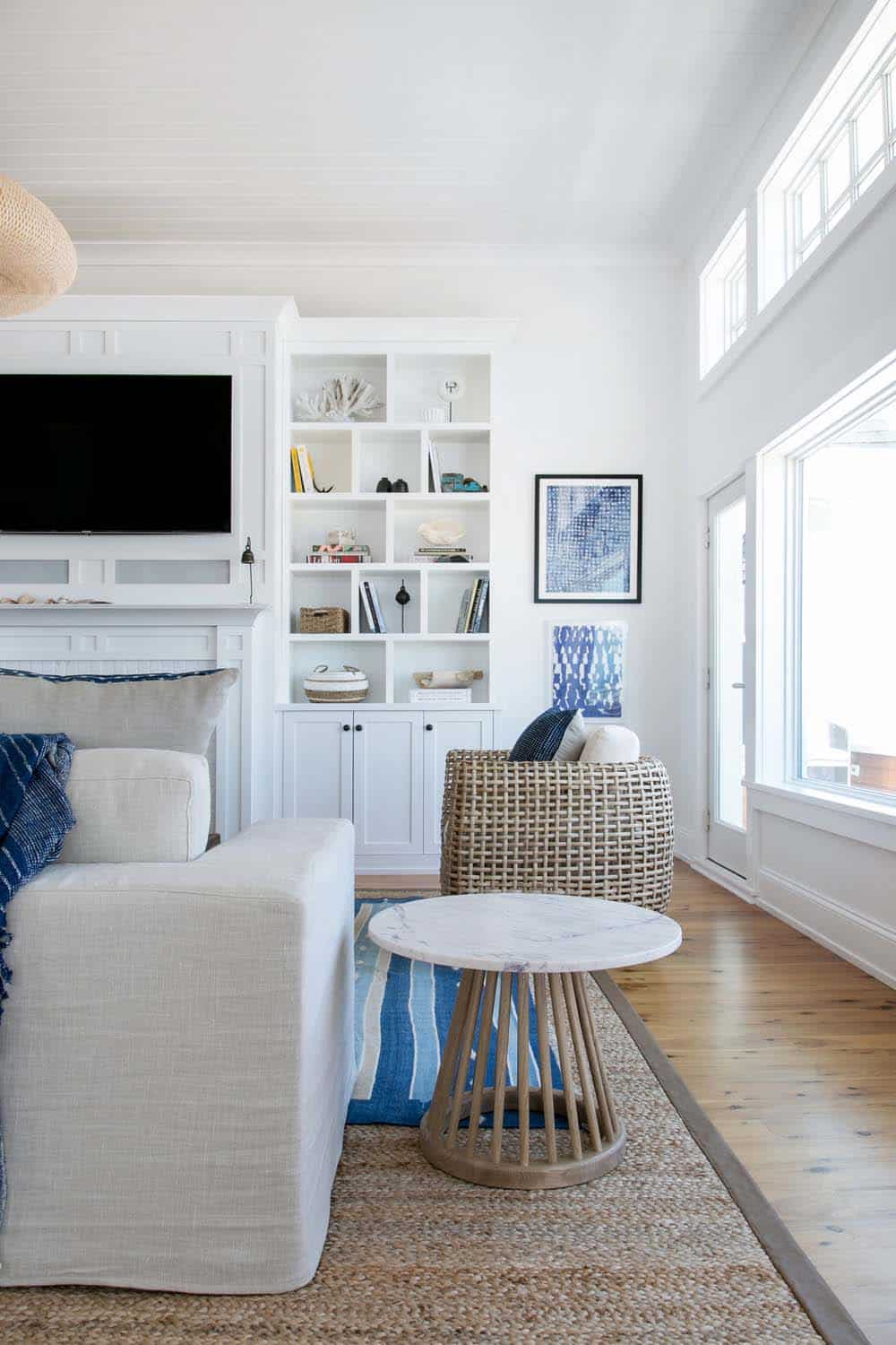 Coastal-Chic Beach Home-Chango Co-04-1 Kindesign