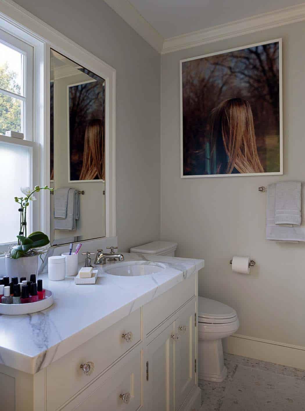 Dutch Colonial Revival-Scavullo Design Interiors-17-1 Kindesign
