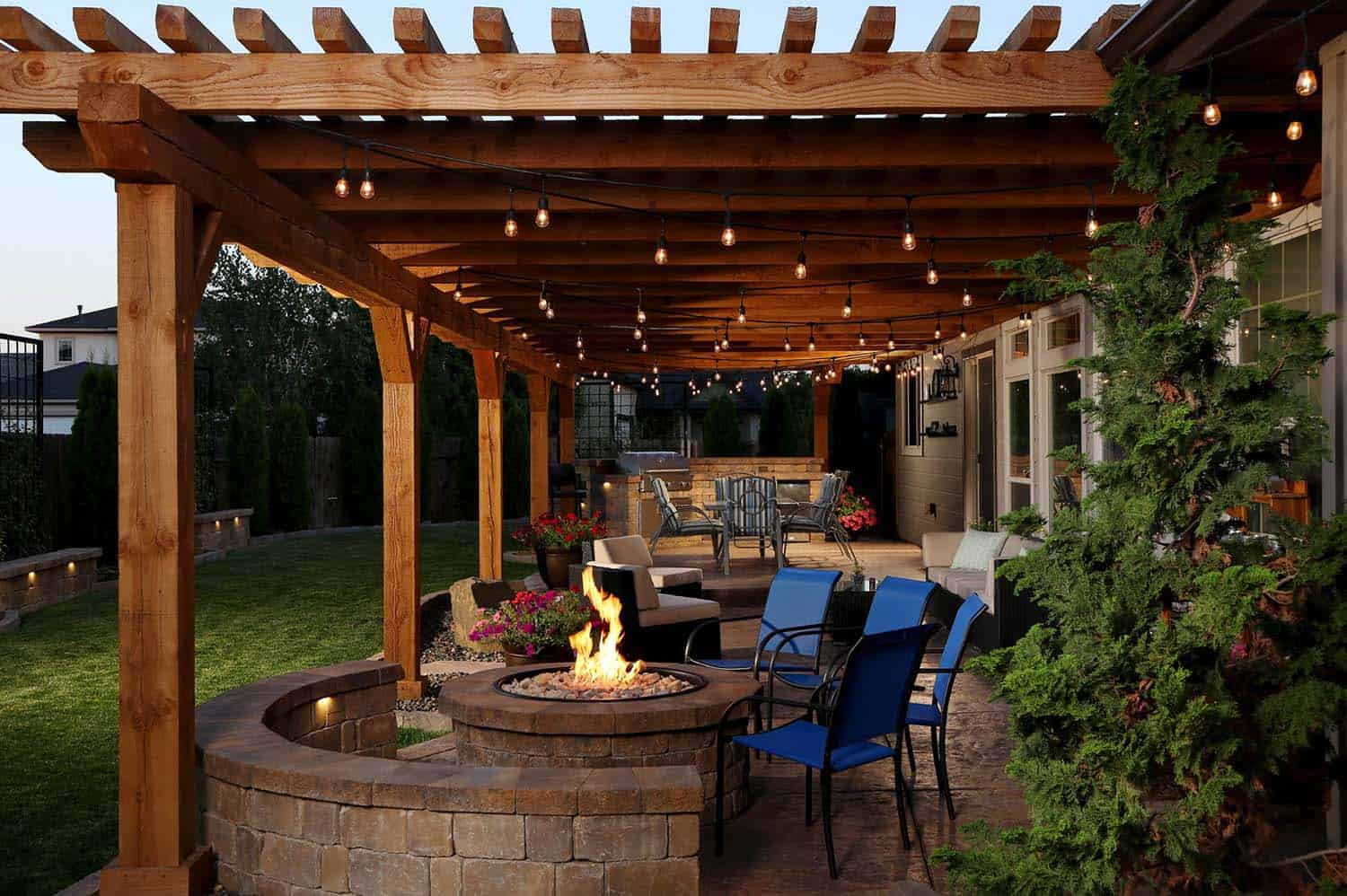 how to build an outdoor wood patio